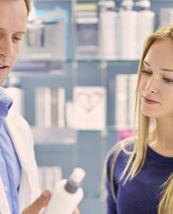 3 razones para ir a la farmacia cuando tienes un cuero cabelludo sensible