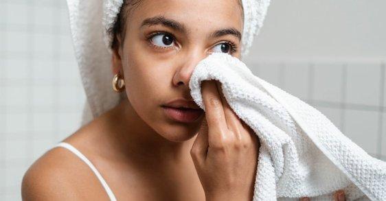 Pat Dry: la mejor manera de secar tu rostro después de lavarlo
