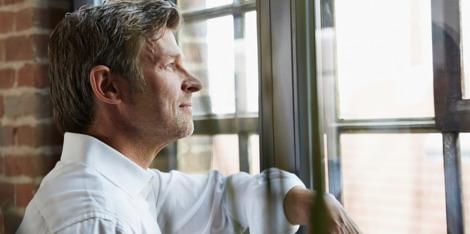 4 consejos para combatir la caída capilar masculina