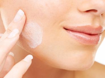 Cómo dar masajes para conseguir una piel con un aspecto saludable y luminoso