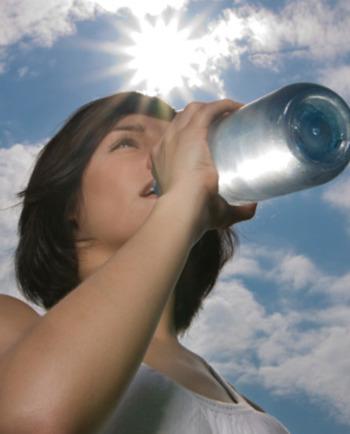 Sérum hidratante: El aliado para la piel sedienta