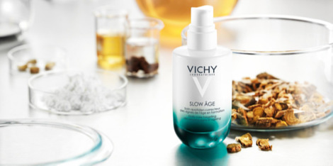 Slow Age - la mejor tecnología para el cuidado de la piel para un tratamiento anti-edad