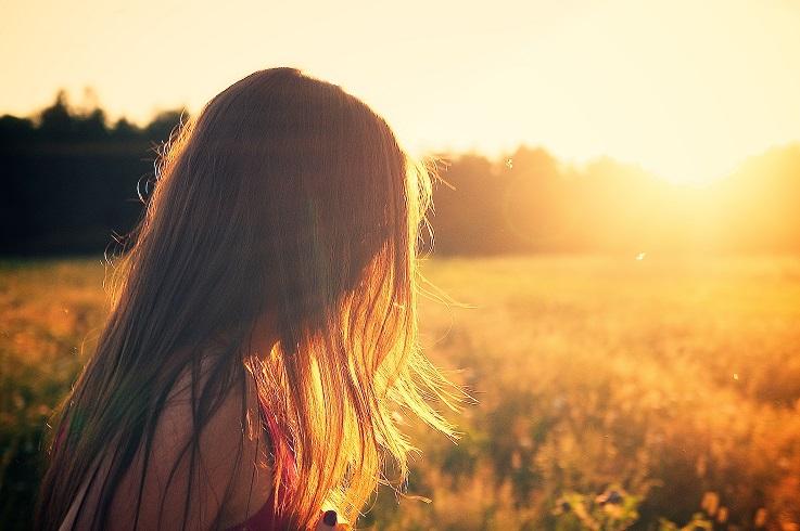 Cuidados del acné al tomar el sol