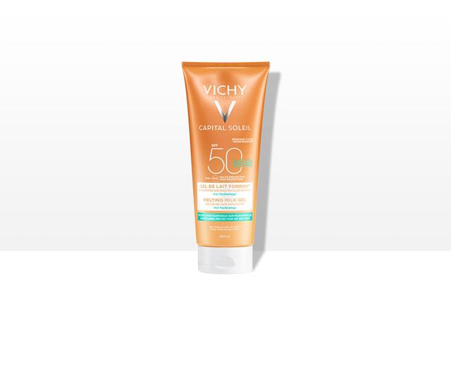 Gel ultra fundente SPF 50 para aplicar sobre piel seca o mojada