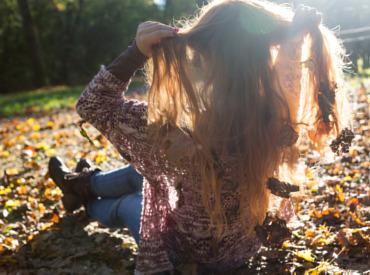 ¿Qué sucede en invierno? La temporada en la que los árboles pierden las hojas, las personas pierden más cabellos.