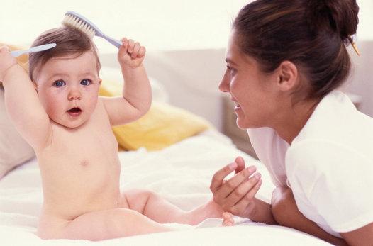 Cómo tratar la pérdida del cabello después del parto